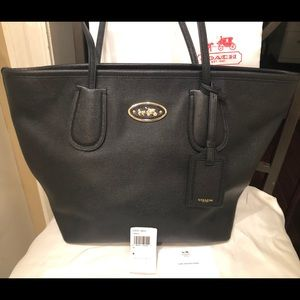 Coach Carriage Tote Black Crossgrain Leather